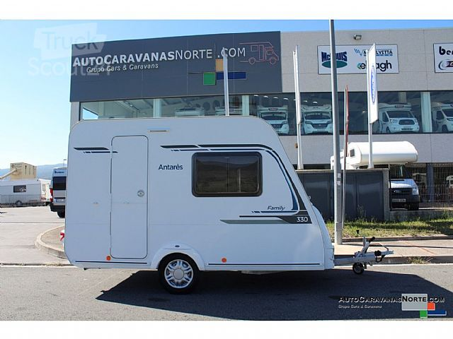 caravelair antares family 330 wohnwagen mobile wohnwagen in antequera m laga gebraucht. Black Bedroom Furniture Sets. Home Design Ideas